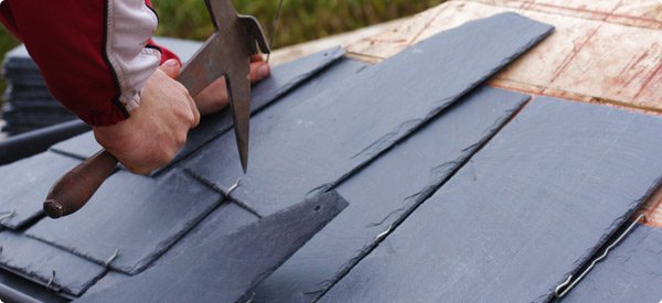 Homeguides-articles-thumbs-slate_roof_installation.jpg.600x275_q85_crop